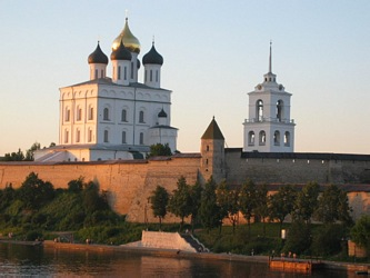 Pskov, panorama of the ensemble of the Kremlin as seen from the bank of Velikaya river.